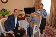 Коллектив филиала РГП «Госэкспертиза» по Актюбинской области поздравил ветерана ВОВ с Днем Победы